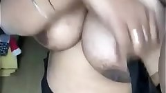 Desi aunty bigg boobs and pussy