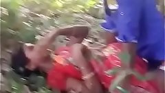 Indian girl outdoor sex